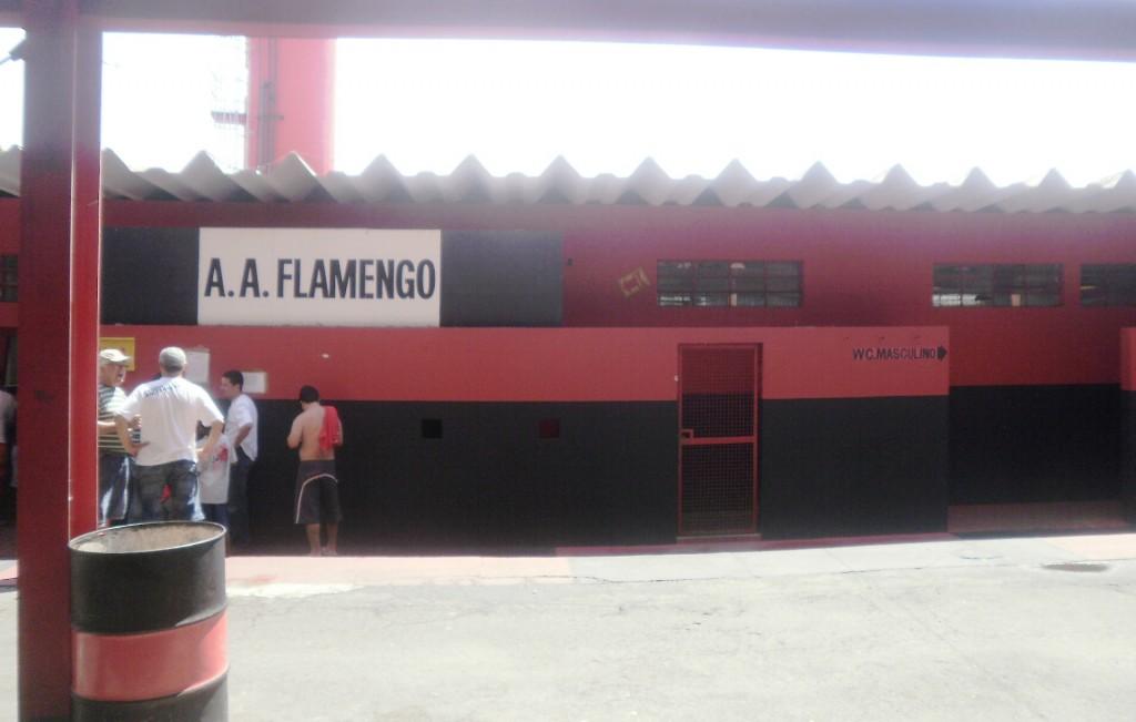 34d0c98639 Dia triste em Guarulhos… – As Mil Camisas