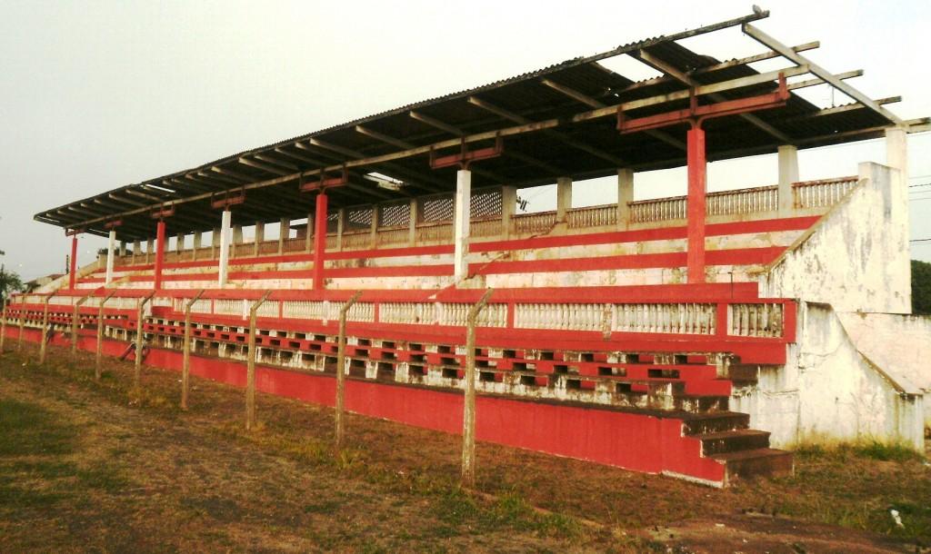 Estádio Dr. Adhemar de Barros - AA Ferroviária - Assis
